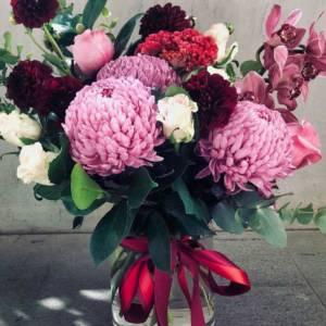berry bliss flower arrangement